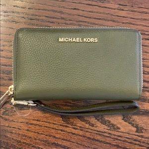 Michael Kors Olive Wristlet Wallet